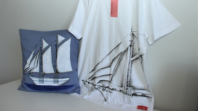 Nerezinac T-shirt and Nerezinac pillowcase